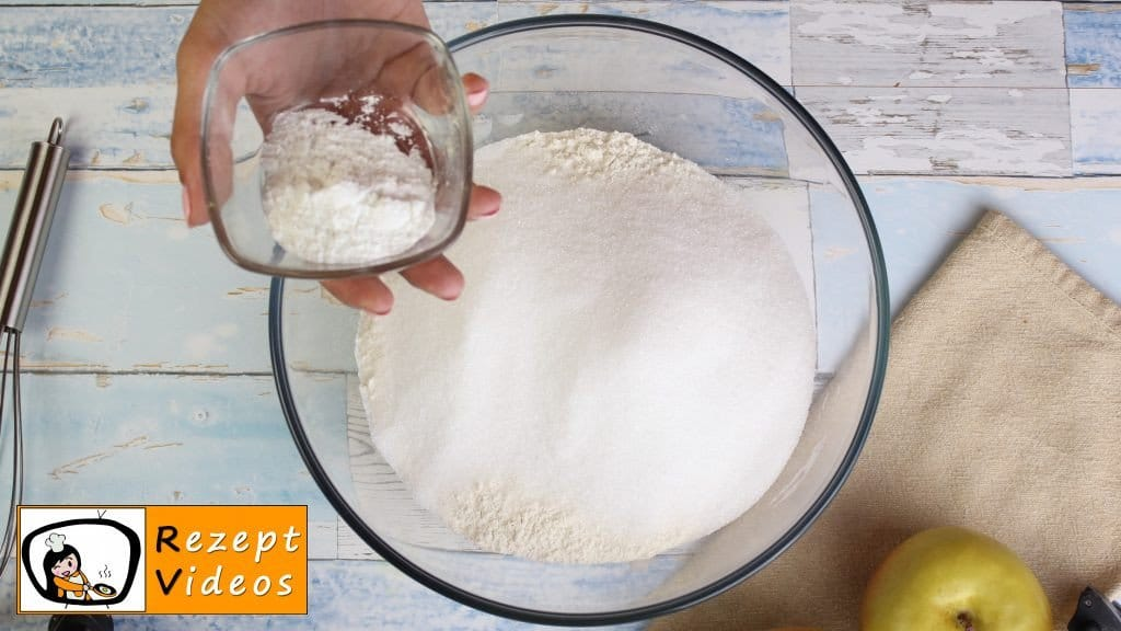 Schneller Kuchen mit Joghurt Rezept - Zubereitung Schritt 1