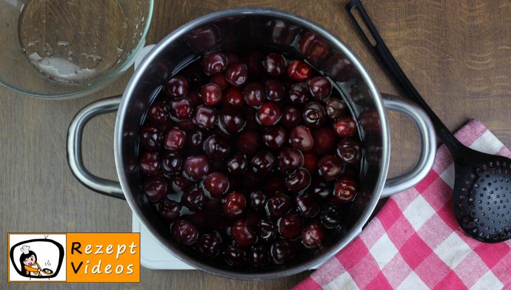 Eingemachte Kirschen Rezept Zubereitung Schritt 2