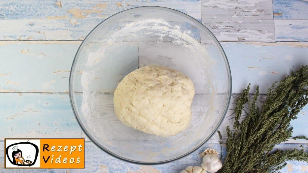 Brötchen Rezept - Zubereitung Schritt 3