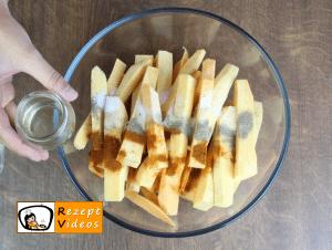 Süßkartoffel-Pommes Rezept - Zubereitung Schritt 2